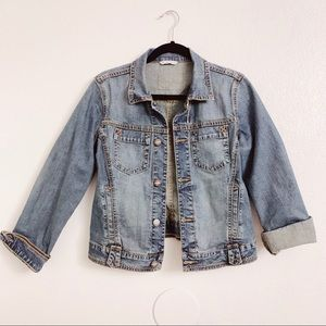 📌CAbi Classic Denim Jean Overstiched Jacket